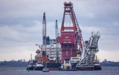 """Възобновена бе работата по """"Северен поток-2"""" в германски води"""
