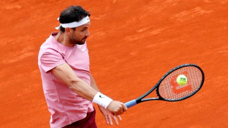 Григор Димитров отпадна на четвъртфиналите в Женева