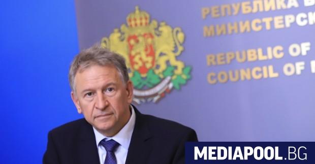 Здравният министър Стойчо Кацаров съобщи, че ще предложи удължаване на