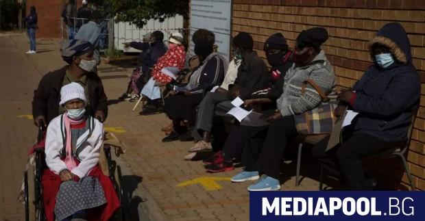 В глобалната надпревара за ваксиниране срещу КОВИД-19 Африка е на