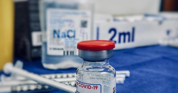 Над два милиарда дози ваксини срещу коронавируса са поставени в