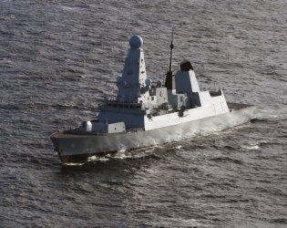 Нидерландия обвини руски самолети в опасно поведение към фрегата в Черно море