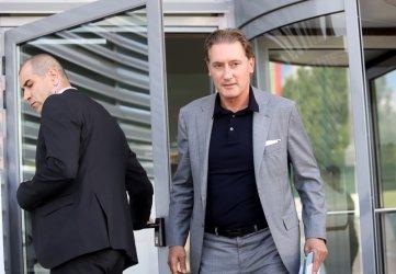 """""""Хювефарма"""" на братя Домусчиеви търси 300 млн. евро на борсата в Амстердам"""