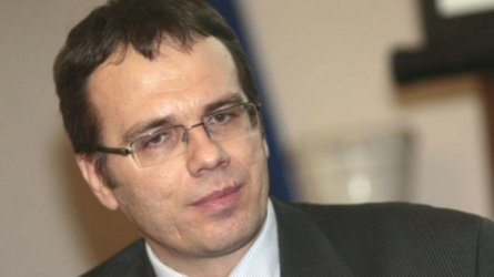 Руслан Стефанов: ЕС ще започне да действа брутално срещу България