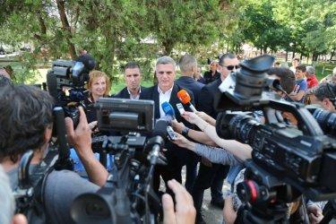 Стефан Янев: Правителството е непартийно. Интересно за кого провеждаме кампания