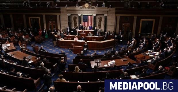 Републиканците в разделения поравно Сенат на САЩ, където и те,