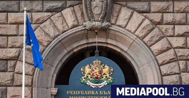 """Кабинетът """"Янев"""" освободи в сряда Атанас Темелков от длъжността председател"""
