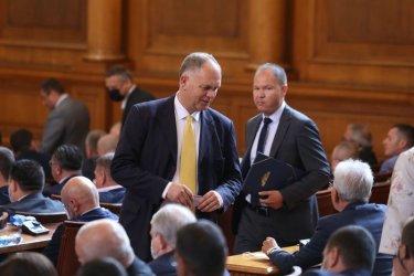 Георги Кадиев: Плаващите мнозинства са рецепта за търговия