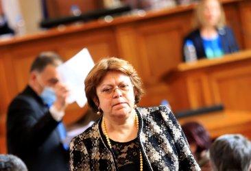 Татяна Дончева: Щом иска ИТН да носи пълната отговорност, но да не иска подкрепа