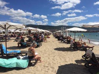 Хотелите по южното Черноморие са пълни, на север сезонът е по-слаб