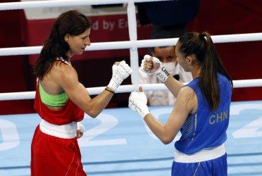 Стойка Кръстева в бокса осигури втори медал за България