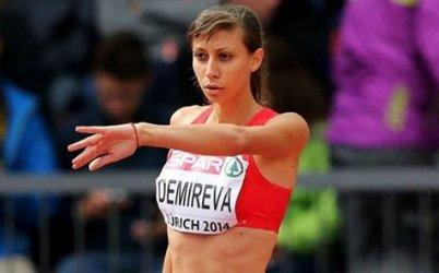 Мирела Демирева е на финала в скока на височина