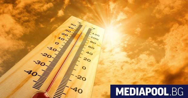 Опасно горещо остава времето у нас и през следващите дни.
