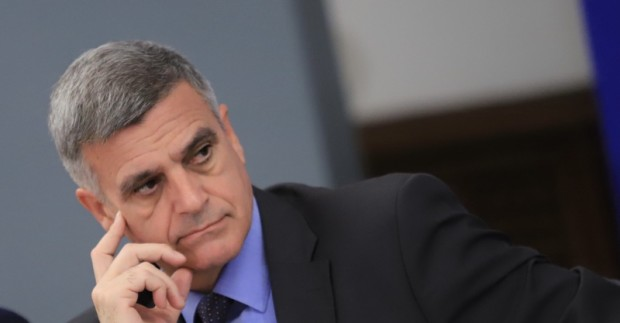 Премиерът Стефан Янев, вицепремиерът по еврофондовете Атанас Пеканов и министър
