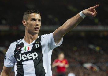 Кристиано Роналдо се завръща в Ман Юнайтед