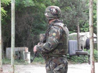 В армията: Квалификация срещу служба