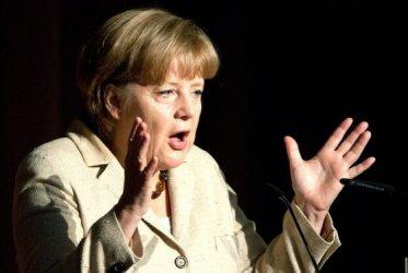 Приближени на Меркел политици претърпяха мажоритарно поражение