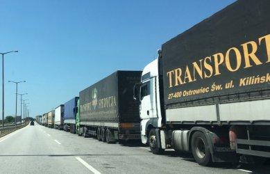 Отпадат транзитни разрешителни за превоз на товари между България и Русия