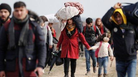 Пакистан няма да приема повече бежанци от Афганистан