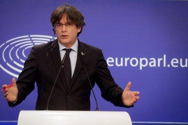 Каталунският лидер Пучдемон е бил арестуван в Италия