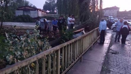 Смерч връхлетя тополовградското село Орлов дол