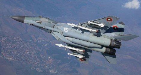 Военният министър прекрати 20-милионна поръчка за МиГ-овете