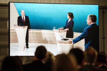 Водещите кандидати за канцлер на Германия влязоха в сблъсък по телевизията