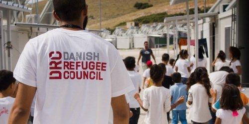 Дания ще обвърже помощите за имигранти със седмичен труд