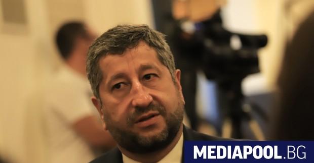 Демократична България (ДБ) предлага съвместно участие на изборите с на
