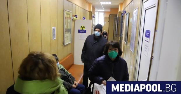 Седем области на страната все още нямат поликлиники с Covid-зони