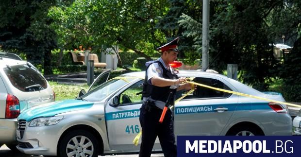Жител на казахстанския град Алмати е открил стрелба, в резултат