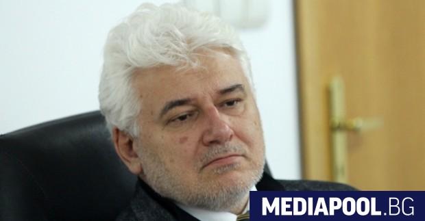 Процедурата по разпускането на Народното събрание е нарушена, каза пред