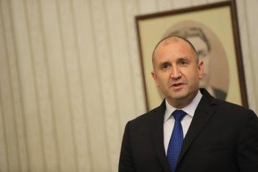 Радев разпуска парламента и назначава ново правителство в четвъртък