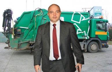 Уволненият от МВР Ивайло Иванов ще варди за събирането на боклука в София