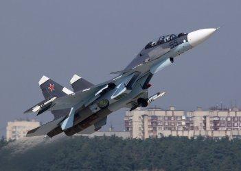 Русия вдигна изтребители заради американски бомбардировач над Черно море