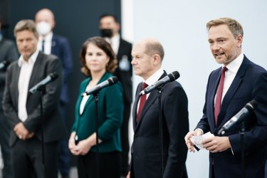"""Германия: ГСДП, """"Зелени"""" и СвДП започват официални преговори за коалиция"""