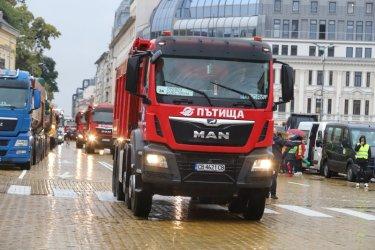МВР глобява шофьорите на камиони от протеста на пътните фирми