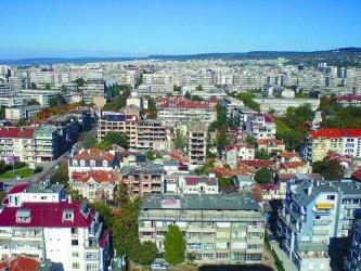 Банките и инфлацията надуват цените на жилищата в София