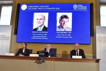 Находчив инструмент за изграждане на молекули донесе Нобелова награда за химия