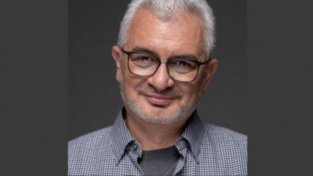 """Журналистът от """"Труд"""" Емил Спахийски стана шеф на бившата пресгрупа на Пеевски"""
