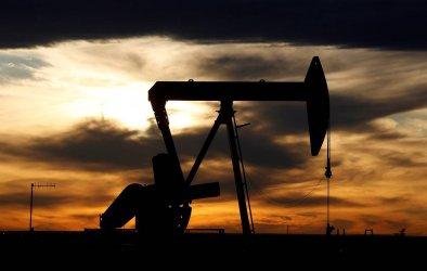 Поскъпването на петрола продължава заради силно търсене