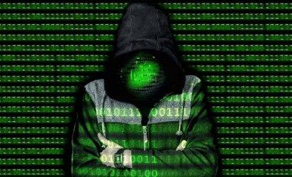 """""""Информационно обслужване"""" се бори с най-голямата хакерска атака"""