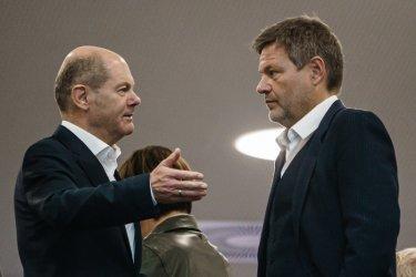 Преговарящите за коалиция в Германия, се надяват до декември да съставят правителство