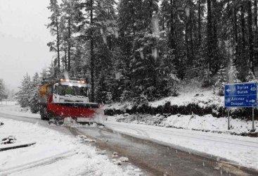Двойно подсигуряване или хаос със зимната поддръжка на пътищата
