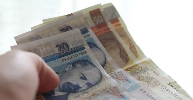 Бизнес потребителите ще бъдат подкрепени заради високите цени на електроенергията