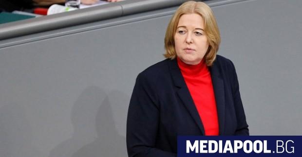 Германската социалдемократическа партия (ГСДП) е номинирала депутатката от партията Бербел