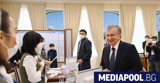 Президентът на Узбекистан Шавкат Мирзийоев спечели втори петгодишен мандат начело