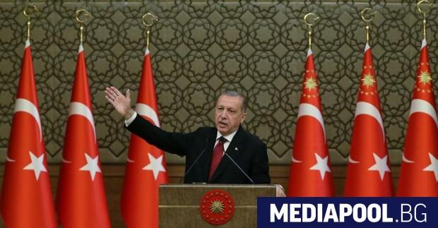 Турската лира се срина до рекордно ниски нива, след като